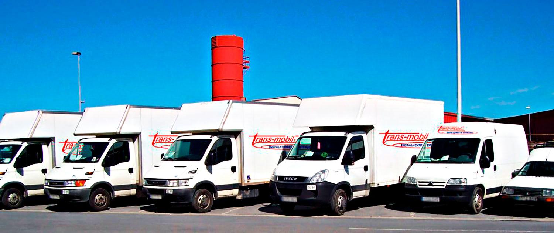 Vehiculos para el reparto y montaje de muebles